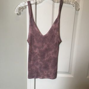 Soft and sexy American Eagle tank